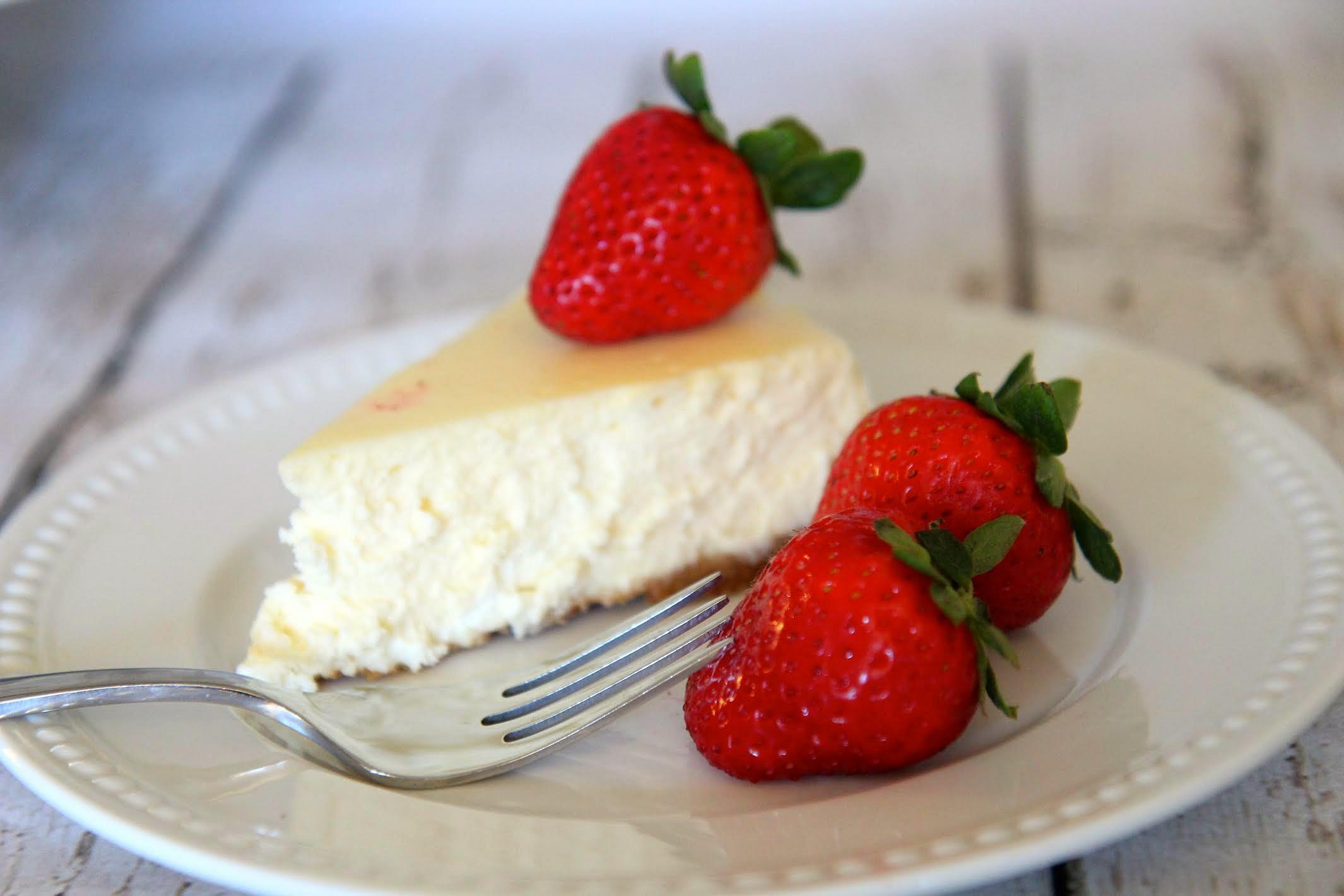 Simple Homemade Plain Cheesecake Recipe